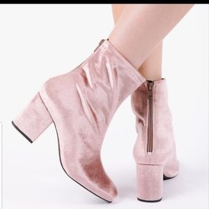 Free People blush pink velvet ankle booties 11